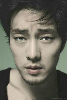 So Ji Sub so Handsome!!