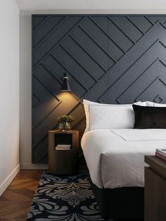 Amazing Bedroom Design Ideas [Simple Modern Minimalist Etc] - Smart House - Ideas of Smart House - Find your favorite bedroom pictures right here. Browse through photos of motivating bedroom design ideas to produce your perfect home. Master Bedroom Design, Home Decor Bedroom, Bedroom Modern, Diy Bedroom, Modern Headboard, Master Bedrooms, Trendy Bedroom, Bedroom Designs, Headboard Ideas