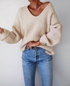 Sweater and Jeans - Comfy and Stylish Fall Outfit Idea Cute Fall Outfits, Fall Winter Outfits, Casual Outfits, Winter Style, Style Summer, Summer Outfits, Look Fashion, Denim Fashion, Fashion Outfits