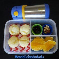 Pão de queijo + castanha + passas + laranja