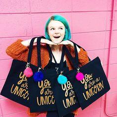 Tote bag order for the bride & her bridesmaids 💖💖💖 👰💖💖💖 #fionaflahertyillustration