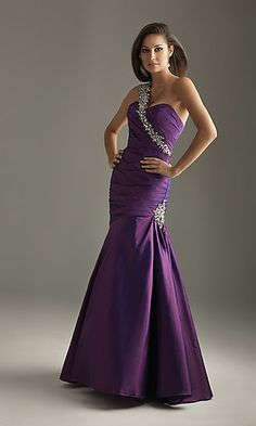 If I went to prom , this would be my dream dress  :)