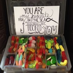 Valentines Day Gift Ideas PinWire: Gummy tackle box Daddy Gifts Gifts For Dad Bf Gifts Cute . Diy Gifts For Men, Bf Gifts, Daddy Gifts, Gift For Man, Mens Bday Gifts, Diy For Men, Cute Boyfriend Gifts, Valentines Gifts For Boyfriend, Valentine Day Gifts