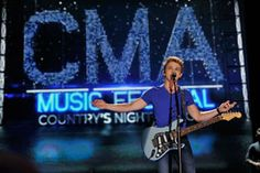 Did you know that artists that perform at CMA Music Festival do so free of charge? Proceeds from the event benefit Keep the Music Playing, funding school music programs!
