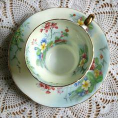 Cup And Saucer Set, Tea Cup Saucer, Tea Pot Set, Vintage Cups, Vintage Tea, English Tea Cups, Tea And Crumpets, Rose Tea, Teapots And Cups
