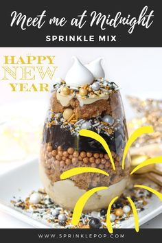 Meet me at midnight is a New Year's Eve mix you're sure to raise a toast to! Bright silver and gold meet behind a sparkling black backdrop with confetti shapes, translucent wafer paper rounds, and glitter stars. #nye #newyears #toast #champagne #baking #sprinkles #desserts #resolutions Frosted Animal Crackers, New Year's Desserts, Cracker Cookies, Confectioners Glaze, Gum Arabic, Rainbow Sprinkles, Wafer Paper, Glitter Stars, Corn Syrup