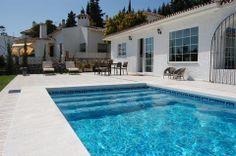 150 m2 idyl på Mijas Costa, kun 5 minutters kørsel fra stranden. Villaen har alt, hvad man kan drømme om og mere til! www.feriebolig-spanien.dk/17977