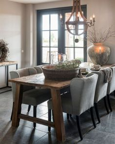 Dinning Table, Dining Area, Cottage Dining Rooms, Dining Room Design, New Living Room, Country Kitchen, Sweet Home, Room Decor, House Design