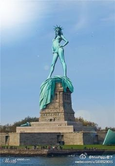 statue of liberty ,,,in strip