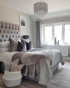 65 Minimalist Master Bedroom Design Trends - # Check more at schlafzimmer. Decor Room, Home Decor Bedroom, Living Room Decor, Bedroom Furniture, Bedroom Rustic, Furniture Design, Gray Home Decor, Furniture Purchase, French Bedroom Decor