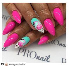 nails inspiration 195 - Nail Art Ideas That You Will Love Neon Nails, Purple Nails, Cute Nails, Pretty Nails, Flamingo Nails, Vacation Nails, Silver Nails, Best Acrylic Nails, Creative Nails