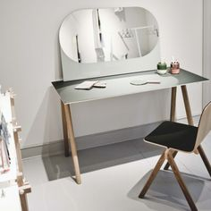 HAY - Shapes Mirror / Copenhauge Tabe & Chair | Huset-shop