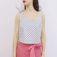 Cropped Top Bokiku in White Wale Pattern Poplin – Akira Mushi
