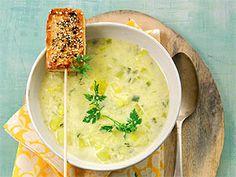 Lekka zupa ziemniaczano-porowo-jabłkowa