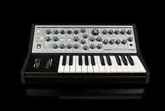 2013 NAMM Show: Moog Sub Phatty Analog Synth - The latest member of Phatty Family is the Grittiest Moog Synth Ever.
