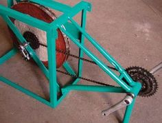 Build your own pedal powered machines | Low-tech Magazine