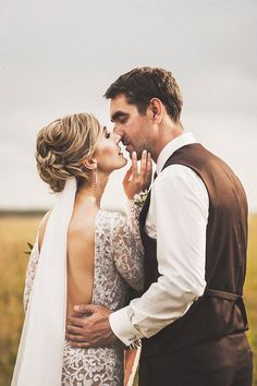 Wedding Couple Poses, Wedding Couples, Wedding Engagement, Couple Photography, Wedding Photography, Iceland Wedding, Marrying My Best Friend, Wedding Photoshoot, Engagement Pictures
