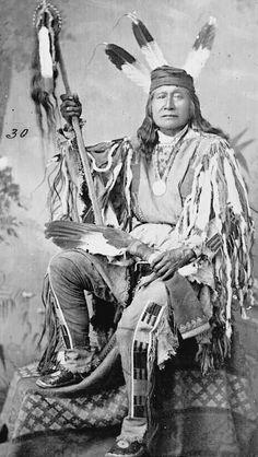 Son of the Star (Rushing Bear) - Sahnish (Arikara). Son of the Star was a strong… Native American Images, Native American Beauty, Native American Tribes, American Indian Art, Native American History, American Indians, American Symbols, American Women, Sioux