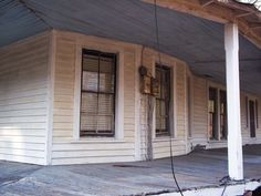 more of the porch