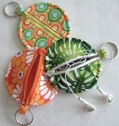 Key Chain bags - I know a perfect person to make this for! She is always seen with headphones at work!!
