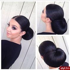 Fryzury ślubne włosy: Fryzury Długie Ślubne Proste Kok - patrycja120193 - 2672992