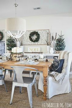 Gorgeous neutral Christmas dining room!