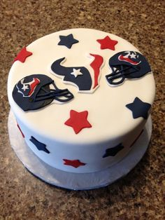 are you ready for some football-cake! Houston Texans Cake, Dallas Cowboys Cake, Houston Texans Football, Football Birthday, Football Parties, Birthday Boys, Sport Cakes, Creative Cakes, Creative Ideas