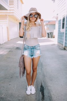 In love with her style! Definitely need these pieces in my closet!