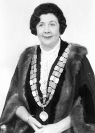 Do you remember this lady? She was the only mayor I ever knew when I was growing up. Yes it is Nell E Robinson. Do You Remember, Childhood Memories, Growing Up, All Things, Female, Lady, Grow Taller