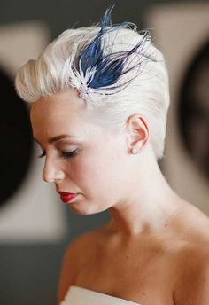 Wedding Hairstyles 2014 for Short Hair Kurze Hochzeitsfrisuren für 2014 - Pixie Haircut Really Short Hair, Super Short Hair, Short Hair Cuts, Short Pixie, Pixie Cuts, Wedding Guest Hairstyles, Short Wedding Hair, Wedding Hair And Makeup, Bridesmaid Hairstyles