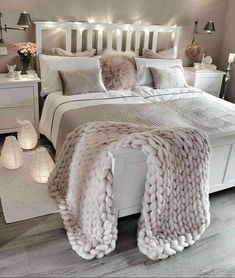 The modern bedroom color schemes offer a huge palette that allows you to make a choice depending on the feel … Room Ideas Bedroom, Cozy Bedroom, Bedroom Sets, Home Decor Bedroom, Bedroom Wall, Master Bedroom, Bedroom Furniture, Bedroom Wardrobe, Bed Room