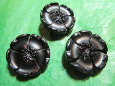 """3 - 1"""" DECORATIVE FLORAL DESIGN BLACK PLASTIC SHANK BUTTONS - Lot#D615"""