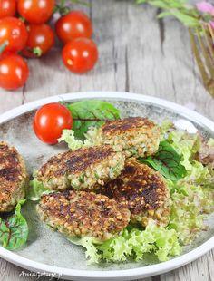 Eastern European Recipes, Tzatziki, Salmon Burgers, Meals, Vegan, Ethnic Recipes, Food, Diet, Meal
