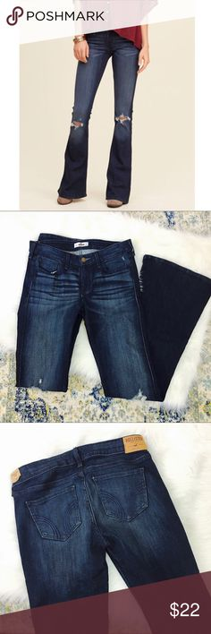 """Hollister Ripped Knee Flare Jeans Amazing dark wash flares with ripped knees. New never worn! Rise is 8"""" and inseam is 33.5"""" 🌻 Hollister Jeans Flare & Wide Leg"""