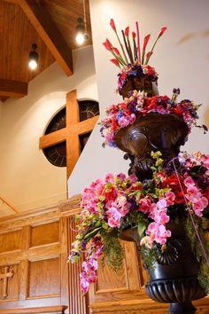 Dana's Floral Design Prattville, AL. www.danasfloraldesign.com #Danasfloraldesign @Rachel Bennett @Jackie Frontiero @Rebecca Wingo @Dana Bennett