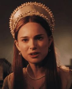 Natalie Portman Young, Star Wars Sequel Trilogy, The Other Boleyn Girl, Anne Boleyn, English Actresses, Elle Fanning, What Is Tumblr, Girls Show, Prom Party Dresses