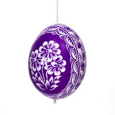 white and purple ornament Purple Love, All Things Purple, Purple Rain, Shades Of Purple, Purple Stuff, Egg Shell Art, Purple Mountain Majesty, Easter Egg Pattern, Scratch Art