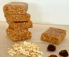 This Five Ingredient Sultana and Oat Slice is a delicious snack that requires no baking and is made with healthy pantry cupboard staples. Healthy Mummy Recipes, Healthy Lunches For Kids, Healthy Sweet Treats, Healthy Baking, Raw Food Recipes, Snack Recipes, Work Lunches, Detox Recipes, Baby Recipes