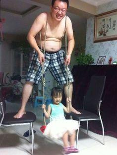 Ha egyszer a gyermek hintázni akar!    Nevetsz eleget?    #nevessmais