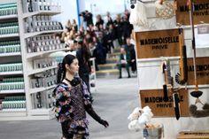Chanel Shopping Center Fashion Show winter 14/15