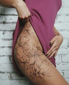Amazing 30 sexy thigh tattoo ideas for women. Enhance charm - Amazing 30 sexy thigh tattoo ideas for women Increase Charm Check more at … - Flower Hip Tattoos, Hip Thigh Tattoos, Side Hip Tattoos, Side Tattoos Women, Floral Thigh Tattoos, Tattoos For Guys, Side Leg Tattoo, Tattoos Of Roses, Sexy Tattoo Girls