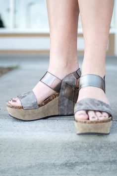 Distressed pewter wedge sandal, easy to slide on and so comfortable, perfect wedge for spring and summer!