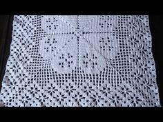 Passo a passo de caminho de mesa de crochê (ponto alto e ponto aranha) parte 1 - YouTube Crochet Patterns Filet, Crochet Squares, Filet Crochet, Crochet Doilies, Crochet Stitches, Crochet Pillow Cases, Tatting Tutorial, Pillowcase Pattern, Crochet Videos