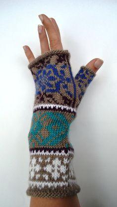 Knit Fingerless Gloves  Women Fingerless Gloves  Gift  by lyralyra, $28.00