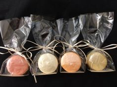 Shimmering macarons, what a wonderful gift!