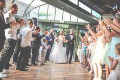 Quels sont les meilleurs tubes pour faire une entrée inoubliable le jour de votre mariage ? On vous dit tout !