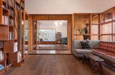 Gallery of House in Trees / Anonymous Architects - 2