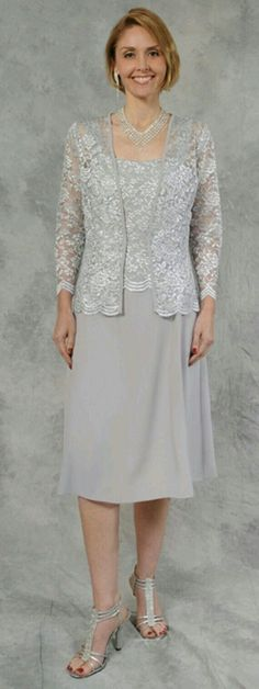 Beautiful Gorgeous Mother of the Bride Evening Bridal Wedding Elegant Formal… Mother Of Groom Dresses, Bride Groom Dress, Mothers Dresses, Mother Of The Bride, Mob Dresses, Trendy Dresses, Elegant Dresses, Formal Dresses, Classy Outfits