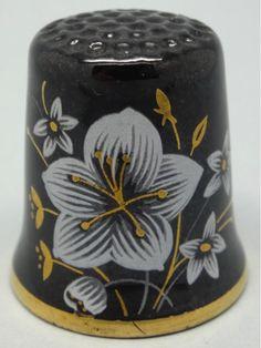 Thimble Craft By Shirley. Inglaterra. Thimble-Dedal-Fingerhut.