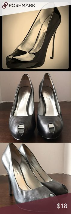 JESSICA SIMPSON Sz 7.5 Peep Toe Pumps Beautiful platform leather pumps by Jessica Simpson.   Tag Size: 7.5 EUR 37.5 Color: Dark gray Material: Leather upper manmade sole  Condition: pre- owned. Leather peeling just a bit inside. Jessica Simpson Shoes Heels